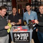 Buďte jako Šmicer se Sieglem: VĚNUJTE staré golfové boty!