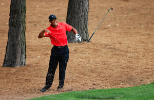 tiger-woods-masters-2015-wrist-injury