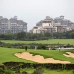ACH ta rudá Čína. Válka o golf pokračuje a uzavřít se má dalších 111 AREÁLŮ