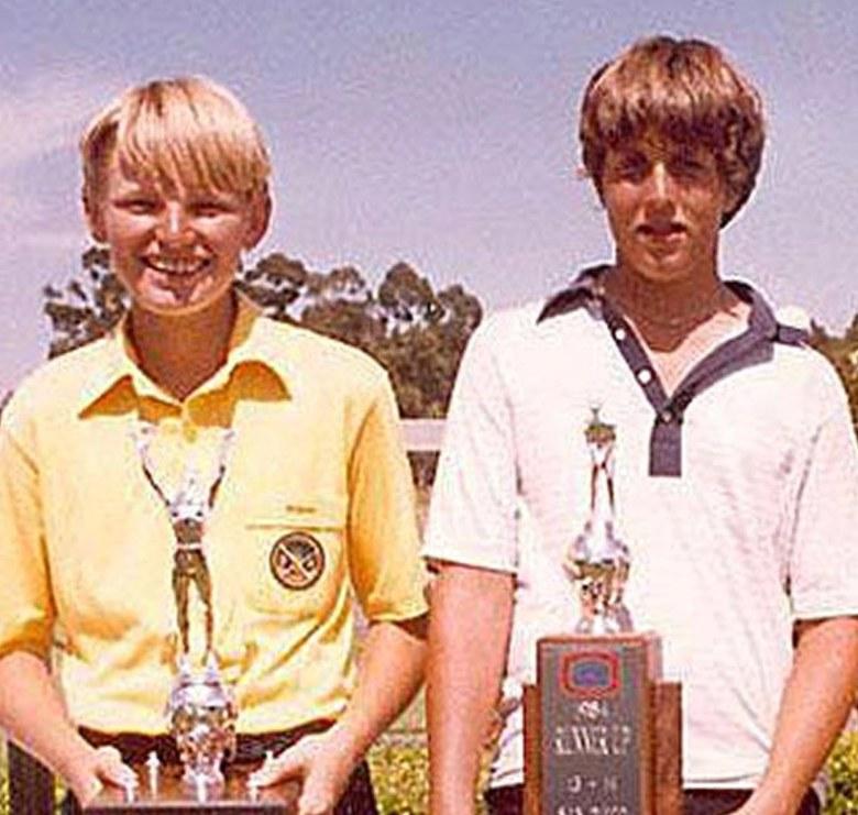 Ernie Els (vlevo) a Phil Mickelson (vpravo) na Junior World Golf Championship 1984 (Foto: Profimedia)